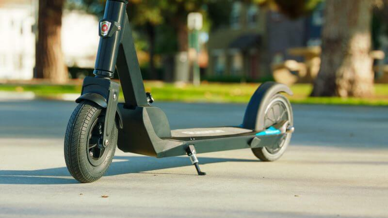 Grey Razor e prime scooter designed for 12 to 15 years of age